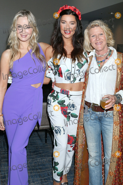 Alley Mills, Jennifer Gareis Photo - LOS ANGELES - JUN 22:  Jennifer Gareis, Jacqueline MacInnes Wood, Alley Mills  at the Bold and the Beautiful Fan Club Luncheon at the Marriott Burbank Convention Center on June 22, 2019 in Burbank, CA