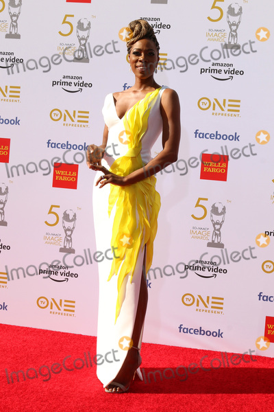 Yvonne Orji Photo - LOS ANGELES - MAR 30:  Yvonne Orji at the 50th NAACP Image Awards - Arrivals at the Dolby Theater on March 30, 2019 in Los Angeles, CA
