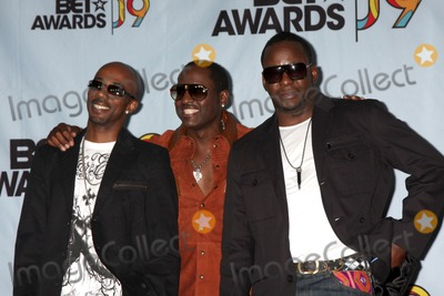 Bobby Brown, Johnny Gill, Ralph Tresvant, Bobbi Brown Photo - Ralph Tresvant, Johnny Gill, and Bobby Brown of the group Heads of State  in the Press Room at  the BET Awards 2009 at the Shrine Auditorium in Los Angeles, CA on June 28, 2009