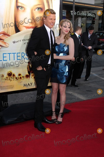 Chris Egan dating Amanda Seyfried