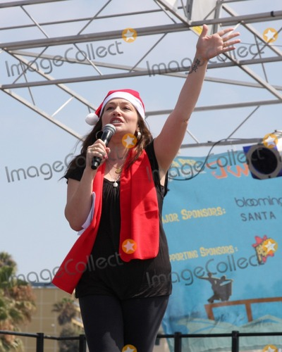 The Radio City Rockettes, Hüsker Dü Photo - LOS ANGELES - AUG 12:  Kristin Cruz Jackson - KOST 103.5 DJ at the  Kicking Across America with the Radio City Rockettes Event at Santa Monica Pier on August 12, 2010 in Santa Monica , CA