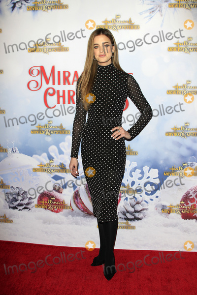 """ASHLEY NEWBROUGH Photo - LOS ANGELES - DEC 4:  Ashley Newbrough at the """"Once Upon A Christmas Miracle"""" Screening and Holiday Party at the 189 by Dominique Ansel on December 4, 2018 in Los Angeles, CA"""