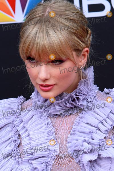 Photo - LAS VEGAS - MAY 1:  Tyalor Swift at the 2019 Billboard Music Awards at MGM Grand Garden Arena on May 1, 2019 in Las Vegas, NV