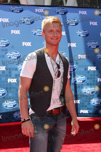 Anthony Fedorov Photo - LOS ANGELES - MAY 25:  Anthony Fedorov arriving at the 2011 American Idol FInale  at Nokia at LA Live on May 25, 2011 in Los Angeles, CA