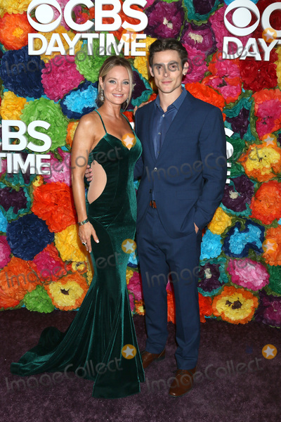 Sharon Case Photo - LOS ANGELES - MAY 5:  Sharon Case, Mark Grossman at the 2019 CBS Daytime Emmy After Party at Pasadena Convention Center on May 5, 2019 in Pasadena, CA
