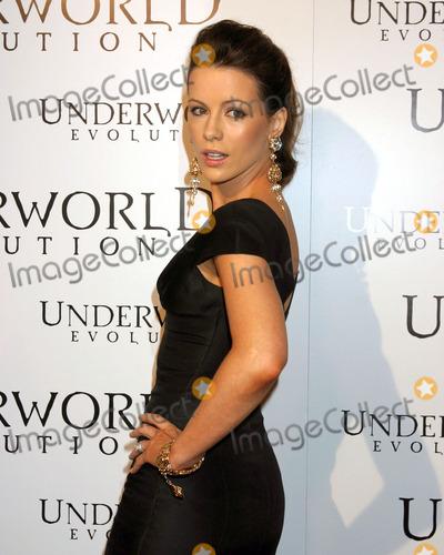 Kate Beckinsale, Underworld Photo - Kate BeckinsaleUnderworld Evolution World PremiereCinerama DomeLos Angeles, CAJanuary 11, 2006