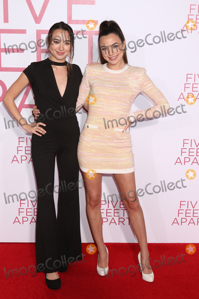 """Vanessa Merrell, Veronica Merrell Photo - LOS ANGELES - MAR 7:  Veronica Merrell, Vanessa Merrell at the """"Five Feet Apart"""" Premiere at the Bruin Theater on March 7, 2019 in Westwood, CA"""