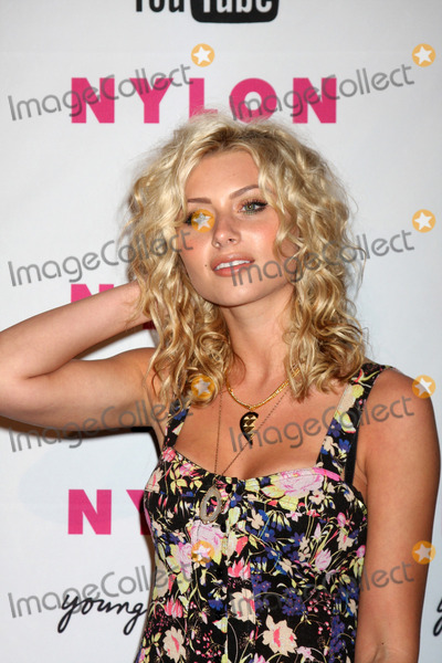 "Aly Michalka, Alyson ""Aly"" Michalka, Alyson Aly Michalka, Ali Farka Touré Photo - Alyson ""Aly"" Michalka