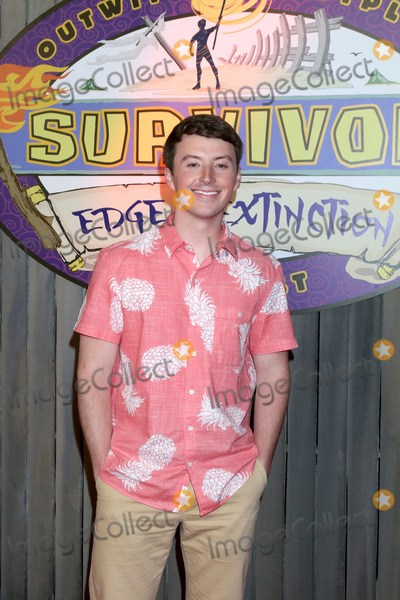 "Edge Photo - LOS ANGELES - MAY 15:  Gavin Whitson at the ""Survivor: Edge of Extinction"" Finale at the CBS Radford on May 15, 2019 in Studio City, CA"