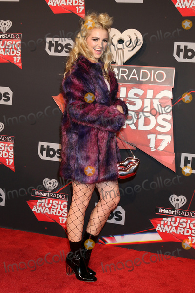 Rydel Lynch, Rydell Lynch Photo - LOS ANGELES - MAR 5:  Rydel Lynch at the 2017 iHeart Music Awards at Forum on March 5, 2017 in Los Angeles, CA