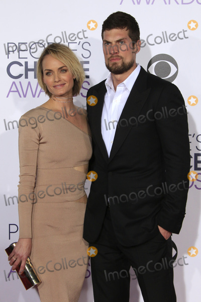Amber Valletta Photo - LOS ANGELES - JAN 6:  Amber Valletta at the Peoples Choice Awards 2016 - Arrivals at the Microsoft Theatre L.A. Live on January 6, 2016 in Los Angeles, CA