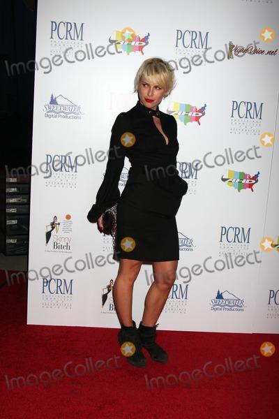 """Aria Crescendo Photo - Aria Crescendoarrives at """"The Art of Compasion PCRM 25th Anniversary Gala""""The LotLos Angeles, CAApril 10, 2010"""