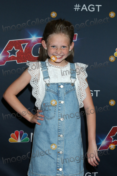 """Ansley Burns Photo - LOS ANGELES - AUG 13:  Ansley Burns at the """"America's Got Talent"""" Season 14 Live Show Red Carpet at the Dolby Theater on August 13, 2019 in Los Angeles, CA"""