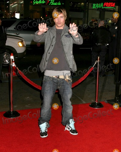 "Josh Henderson, Lyric Photo - Josh Henderson""Music & Lyrics"" PremiereMann's Grauman TheaterLos Angeles, CAFebruary 7, 2007"