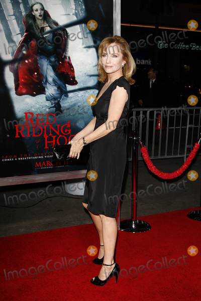 """Rebecca De Mornay, Rebecca DeMornay Photo - LOS ANGELES - MAR 7:  Rebecca DeMornay arriving at the """"Red Riding Hood"""" Premiere at Grauman's Chinese Theater on March 7, 2011 in Los Angeles, CA"""