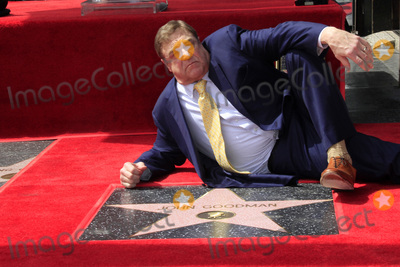 John Goodman Photo - LOS ANGELES - MAR 10:  John Goodman at the John Goodman Walk of Fame Star Ceremony on the Hollywood Walk of Fame on March 10, 2017 in Los Angeles, CA