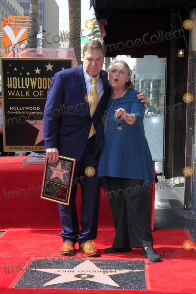 John Goodman, Tess Harper Photo - LOS ANGELES - MAR 10:  John Goodman, Tess Harper at the John Goodman Walk of Fame Star Ceremony on the Hollywood Walk of Fame on March 10, 2017 in Los Angeles, CA