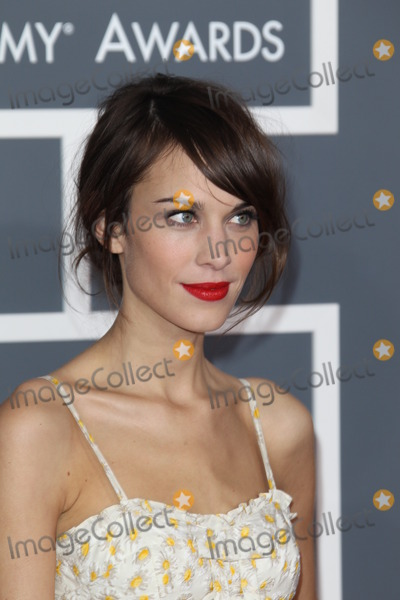 Alexa Chung, Grammy Awards Photo - LOS ANGELES - FEB 10:  Alexa Chung arrives at the 55th Annual Grammy Awards at the Staples Center on February 10, 2013 in Los Angeles, CA