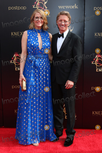 Colleen Bell, Bradley Bell Photo - LOS ANGELES - MAY 5:  Colleen Bell, Bradley Bell at the 2019  Daytime Emmy Awards at Pasadena Convention Center on May 5, 2019 in Pasadena, CA