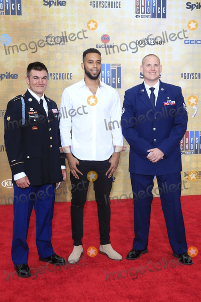 Alek Skarlatos, Anthony Sadler, Spencer Stone Photo - LOS ANGELES - JUN 4:  Alek Skarlatos, Anthony Sadler, Spencer Stone at the 10th Annual Guys Choice Awards at the Sony Pictures Studios on June 4, 2016 in Culver City, CA