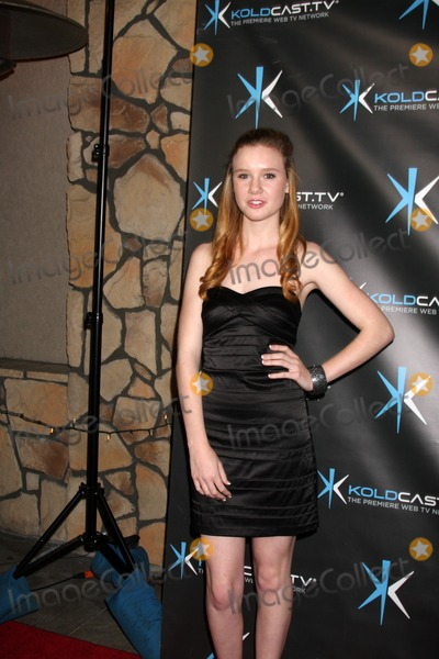 """Madisen Beaty, Miss Behave Photo - LOS ANGELES - DEC 14:  Madisen Beaty attends the """"Miss Behave"""" Season Two Premiere Party at Flappers Comedy Club on December 14, 2010 in Burbank, CA"""