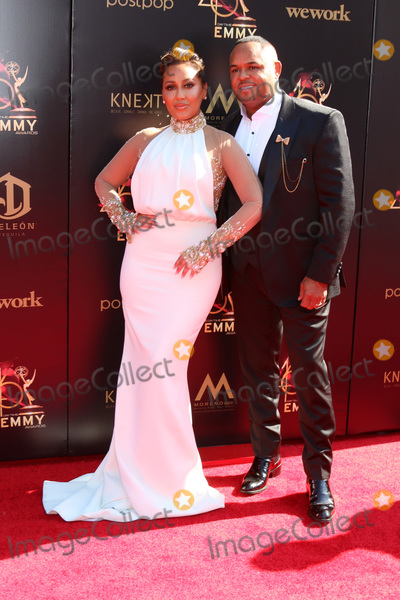 Adrienne Bailon, Israel Houghton Photo - LOS ANGELES - MAY 3:  Adrienne Bailon Houghton, Israel Houghton at the 2019 Creative Daytime Emmy Awards at Pasadena Convention Center on May 3, 2019 in Pasadena, CA