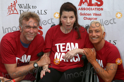Peter Horton, Nanci Ryder Photo - LOS ANGELES - OCT 16:  Peter Horton, Nanci Ryder, Jay D. Schwartz at the ALS Association Golden West Chapter Los Angeles County Walk To Defeat ALS at the Exposition Park on October 16, 2016 in Los Angeles, CA