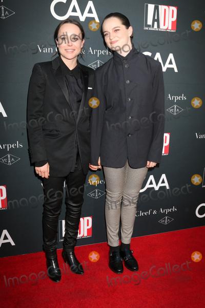 Ellen Page Photo - LOS ANGELES - OCT 7:  Ellen Page, Emma Portner_ at the 2017 Los Angeles Dance Project Gala at the LA Dance Project on October 7, 2017 in Los Angeles, CA