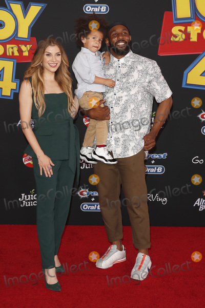 """Stephen Boss, Allison Holker Photo - LOS ANGELES - JUN 11:  Allison Holker, son Max, Stephen Boss at the """"Toy Story 4"""" Premiere at the El Capitan Theater on June 11, 2019 in Los Angeles, CA"""