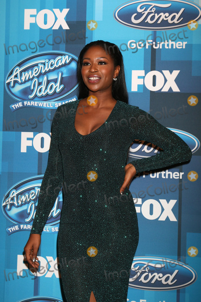 Amber Holcomb Photo - LOS ANGELES - APR 7:  Amber Holcomb at the American Idol FINALE Arrivals at the Dolby Theater on April 7, 2016 in Los Angeles, CA