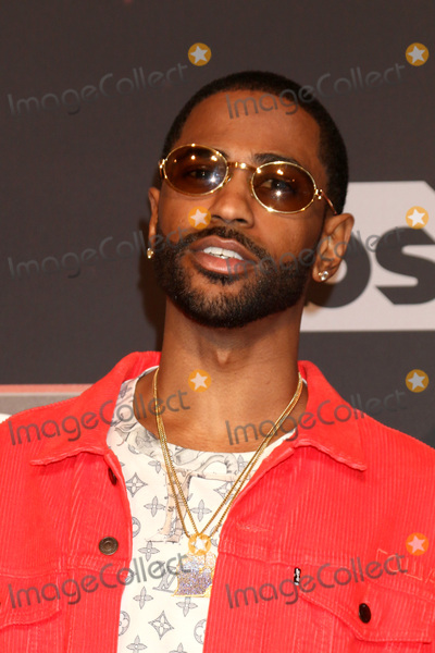 Big Sean Photo - LOS ANGELES - MAR 5:  Big Sean at the 2017 iHeart Music Awards at Forum on March 5, 2017 in Los Angeles, CA
