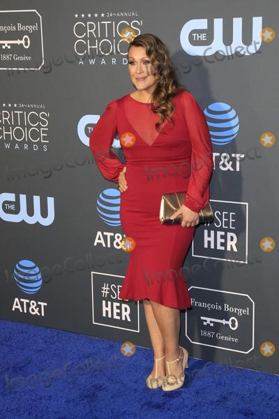 Amber Nash Photo - LOS ANGELES - JAN 13:  Amber Nash at the Critics Choice Awards  at the Barker Hanger on January 13, 2019 in Santa Monica, CA