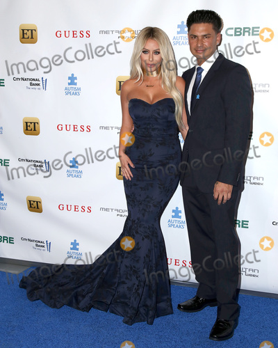 Aubrey O'Day, DJ Pauly D, Pauly D Photo - LOS ANGELES - SEP 29:  Aubrey O'Day, Pauly D, Paul DelVecchio, DJ Pauly D at the Autism Speaks' La Vie En BLUE Fashion Gala at the Warner Brothers Studio on September 29, 2016 in Burbank, CA