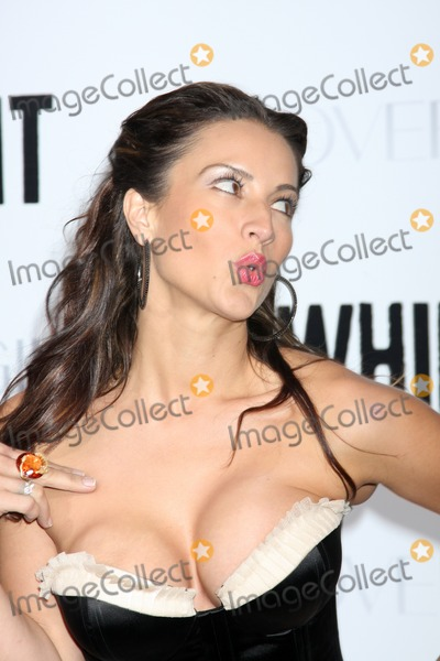"""America Olivo Photo - America Olivoarriving at the """"Whip It"""" PremiereGrauman's Chinese TheaterLos Angeles,  CASeptember 29, 2009"""