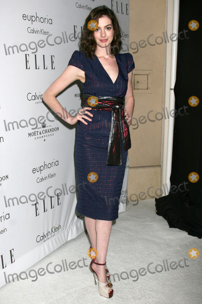 "Anne Hathaway, Four Seasons, The Four Seasons, Ann Hathaway Photo - Anne Hathaway arriving at the Elle's ""Women in Hollywood Event"" at the Four Seasons Hotel in Los Angeles,  CA on