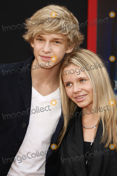 """Cody Simpson, Alli Simpson Photo - LOS ANGELES - March 6:  Cody Simpson and his sister Alli Simpson arrives at the """"Mars Needs Moms"""" World Premiere at El Capitan Theater on March 6, 2011 in Los Angeles, CA"""