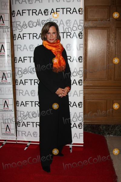 Jess Walton Photo - Jess Walton  arriving at the AFTRA Media & Entertainment Excellence Awards (AMEES) at the Biltmore Hotel in Los Angeles , CA on  March, 9 2009