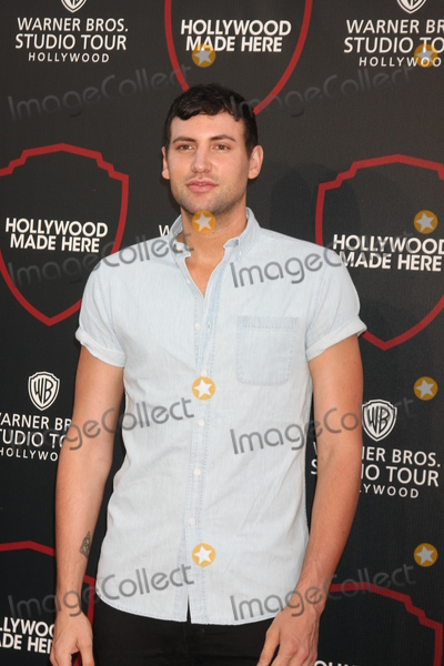 Alx James Photo - LOS ANGELES - JUL 14:  Alx James at the Warner Bros. Studio Tour Hollywood Expansion Official Unveiling, Stage 48: Script To Screen at the Warner Brothers Studio on July 14, 2015 in Burbank, CA