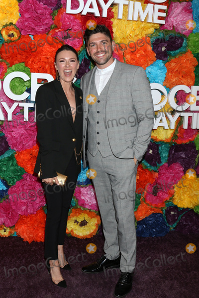 Elizabeth Hendrickson, Robert Adamson Photo - LOS ANGELES - MAY 5:  Elizabeth Hendrickson, Robert Adamson at the 2019 CBS Daytime Emmy After Party at Pasadena Convention Center on May 5, 2019 in Pasadena, CA