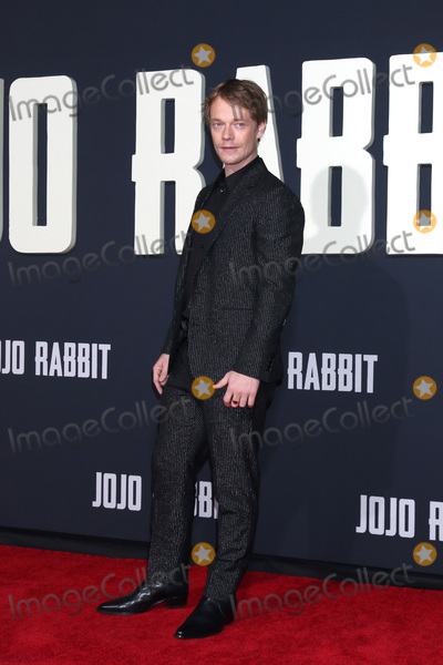 "Alfie Allen, JoJo Photo - LOS ANGELES - OCT 15:  Alfie Allen at the ""Jojo Rabbit"" Premiere at the American Legion Post 43 on October 15, 2019 in Los Angeles, CA"