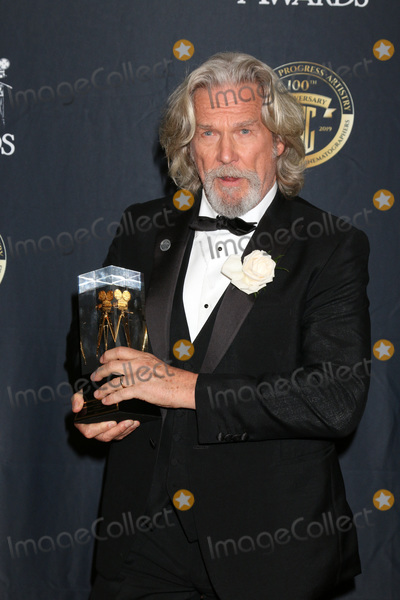 Jeff Bridges Photo - LOS ANGELES - FEB 9:  Jeff Bridges at the 33rd Annual American Society Of Cinematographers Awards at the Dolby Ballroom on February 9, 2019 in Los Angeles, CA