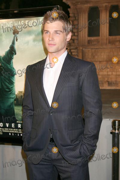 """Michael Bublé, Michael Paré Photo - Michael Vogel""""Cloverfield"""" Movie Premiere Paramount Studios TheateLos Angeles, CAJanuary 16, 2008"""
