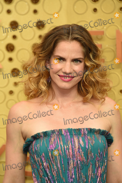 Anna Chlumsky Photo - LOS ANGELES - SEP 22:  Anna Chlumsky at the Primetime Emmy Awards - Arrivals at the Microsoft Theater on September 22, 2019 in Los Angeles, CA