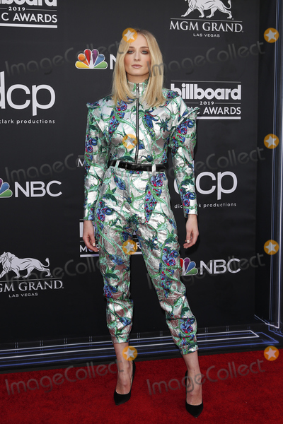 Sophie Turner Photo - LAS VEGAS - MAY 1:  Sophie Turner at the 2019 Billboard Music Awards at MGM Grand Garden Arena on May 1, 2019 in Las Vegas, NV