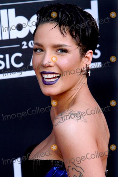 Photo - LAS VEGAS - MAY 1:  Halsey at the 2019 Billboard Music Awards at MGM Grand Garden Arena on May 1, 2019 in Las Vegas, NV