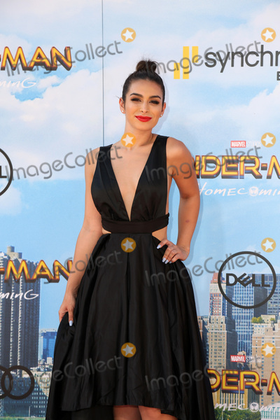 "Spider Man, Spider-Man, Spiderman, TCL Chinese Theatre, Ashley Iaconetti Photo - LOS ANGELES - JUN 28:  Ashley Iaconetti at the ""Spider-Man: Homecoming"" at the TCL Chinese Theatre on June 28, 2017 in Los Angeles, CA"