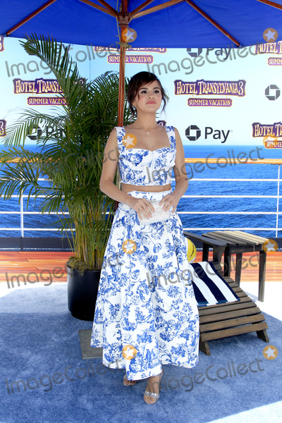 "Gomez, Selena Gomez Photo - LOS ANGELES - JUN 30:  Selena Gomez at the ""Hotel Transylvania 3: Summer Vacation"" World Premiere at the Village Theater on June 30, 2018 in Westwood, CA"