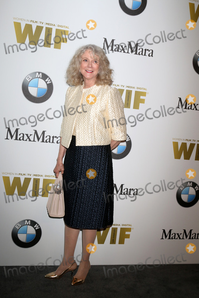 Photos And Pictures Los Angeles Jun 15 Blythe Danner
