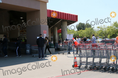 San Bernardino Photo - LOS ANGELES - APR 11:  Costco Entrance at the Businesses reacting to COVID-19 at the Hospitality Lane on April 11, 2020 in San Bernardino, CA
