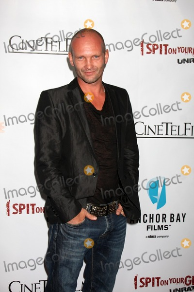 "Andrew Howard Photo - LOS ANGELES - SEP 29:  Andrew Howard arrives at the ""I Spit on Your Grave"" Premiere at Mann Chinese 6 Theaters - Hollywood & Highland on September 29, 2010 in Los Angeles, CA"